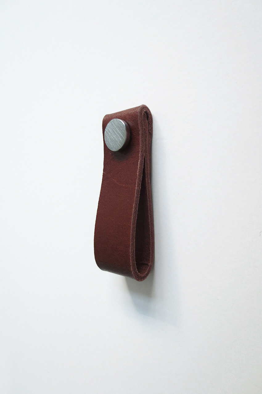 Leather handle cognac